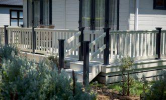 Hampton Decking for Caravans with uPVC Steps