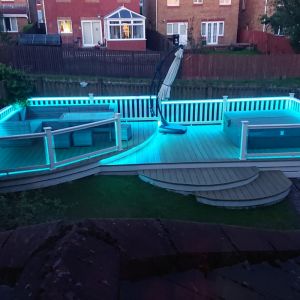 Residential-Decking-Hot-Tub-Area