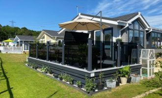 A stunning residential sundeck by Hampton Decking